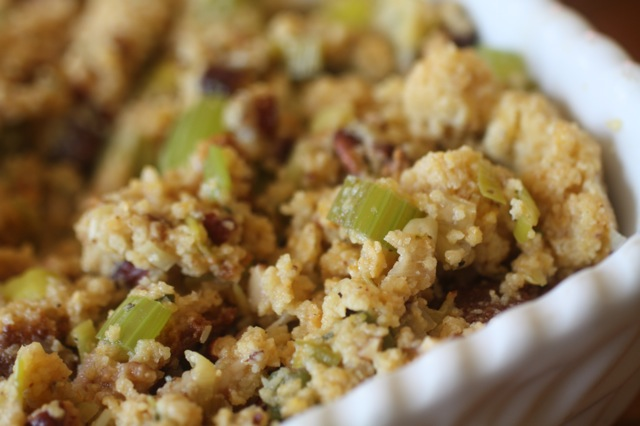 cornbread stuffing with bacon, leeks and pecans | Food Fix Kitchen